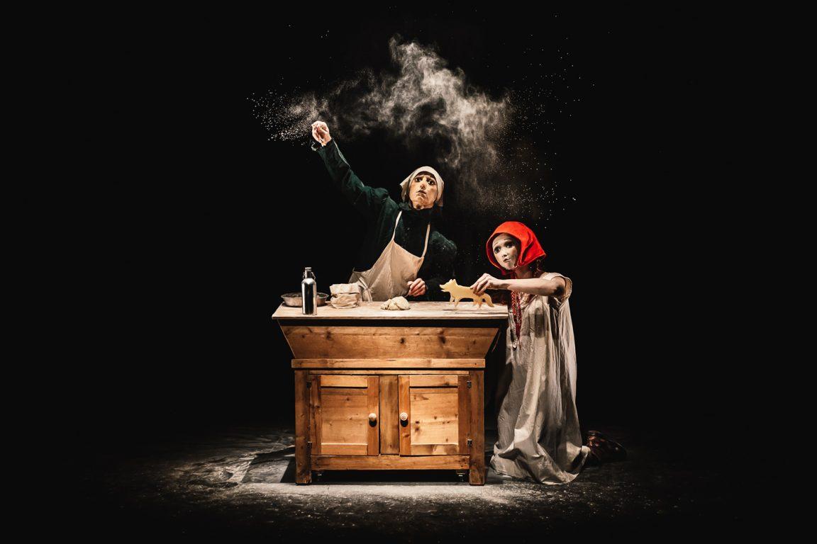 immagine di copertina rassegna Cappuccetto Rosso