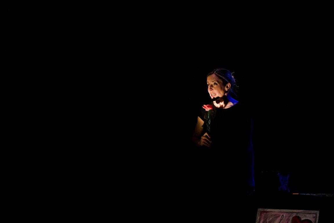foto Rosa, rose. Bodies.Voices